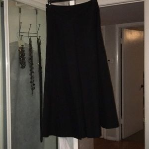 ✨FM✨Ralph Lauren NWOT 6 long black pleated skirt.
